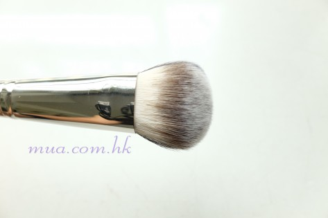 201607_MAC Split Cheek Brush128 2